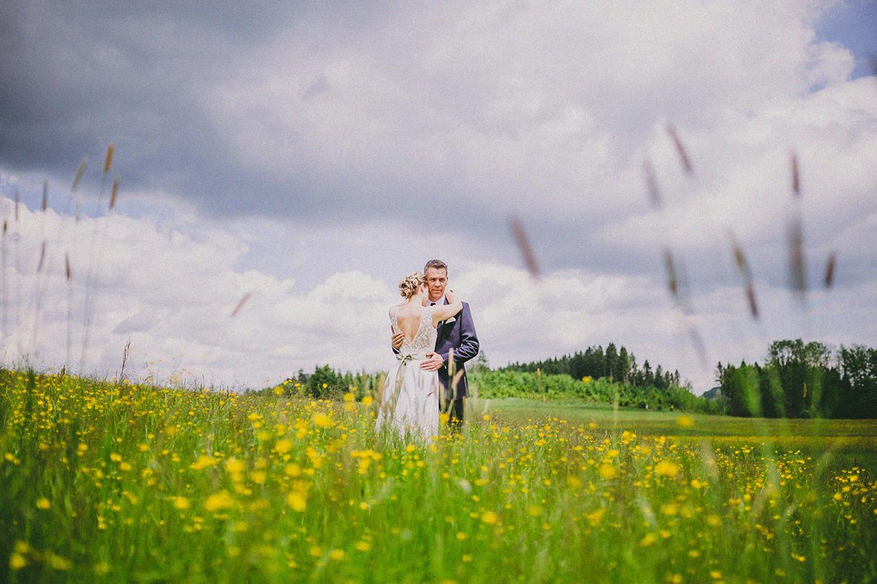 Ina und Jens Hochzeit Shooting Feld