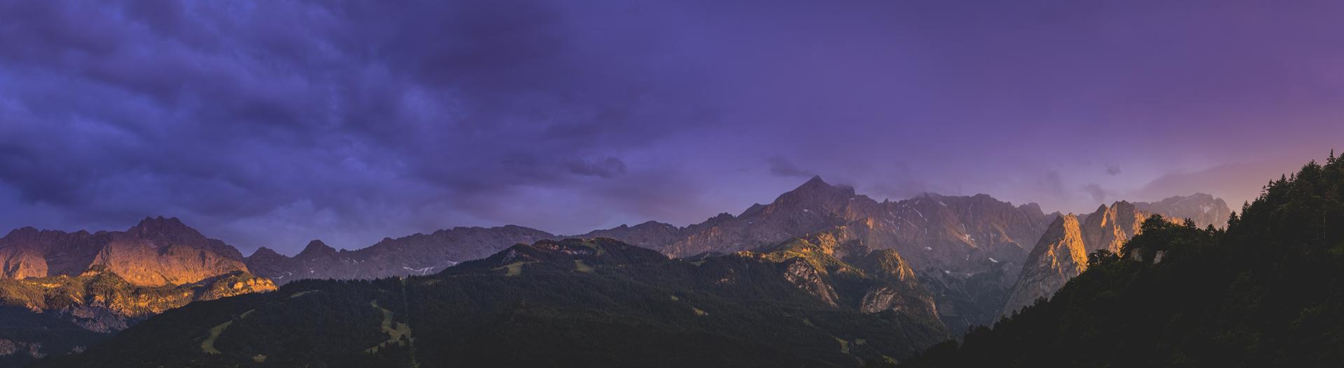 Panoramafoto Free Kostenlos Zugspitze Alpspitze Foto Sonnenuntergang Garmisch-Partenkirchen