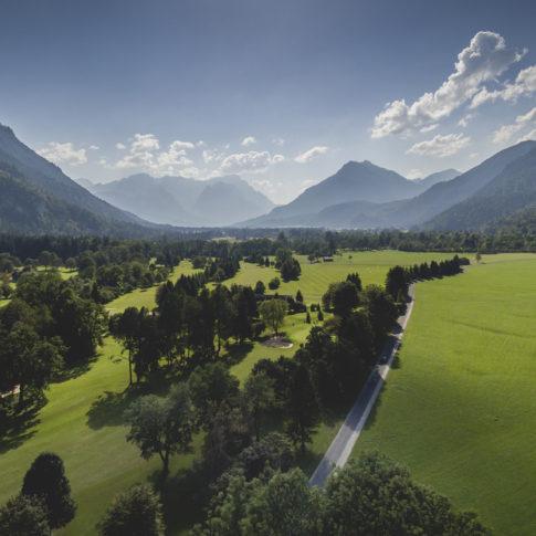 Golfplatz Oberau Luftaufnahme Luftbild